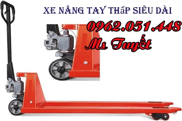 xe-nang-tay-thap-sieu-dai-nhap-khau-tai-ha-noi